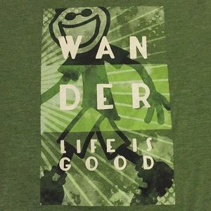 "LIFE IS GOOD Green ""Wander"" Classic fit t-shirt. M"